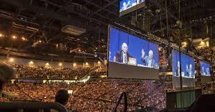 Warren Buffett's Town Hall Style Meeting - Photo from NY Times