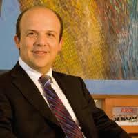 Dr. Yilmaz Argüden